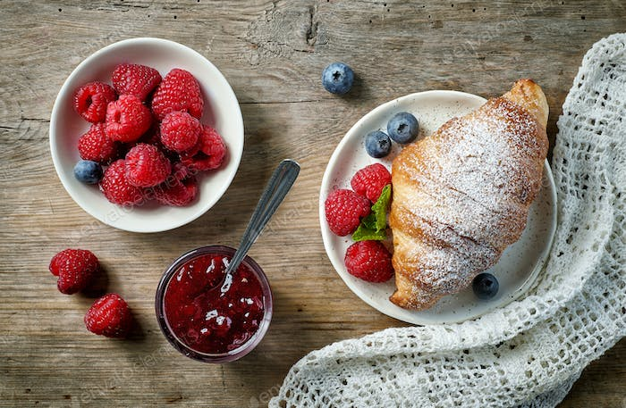 sweet croissant and berries
