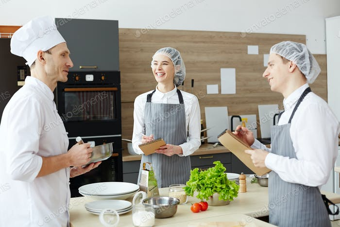 Chef consulting trainees