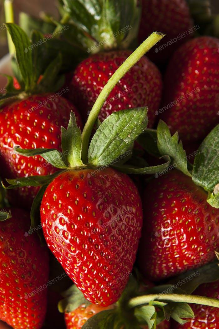 Raw Organic Long Stem Strawberries