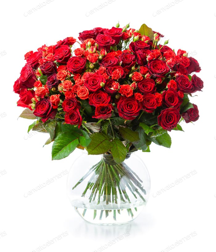 Bouquet of red roses in glass vase