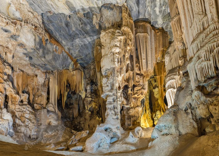 Stalactites and stalagmites in the Botha Hall, Cango Caves