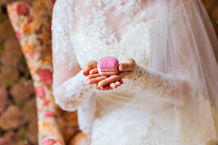 Hände der Braut