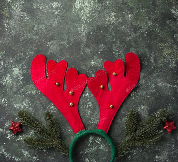 Weihnachtskopfbügel mit Hirschhörnern