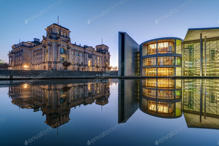 Reichtsag and Paul-Loebe-Haus in Berlin at dawn