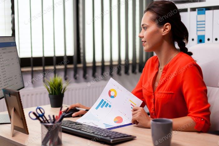 Businesswoman executive leadership planing financial analysis