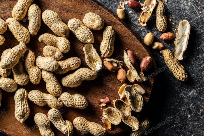 Roasted peanuts. Tasty groundnuts.