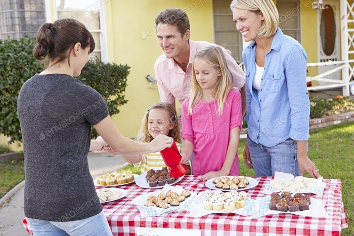Family Running Charity Bake Sale