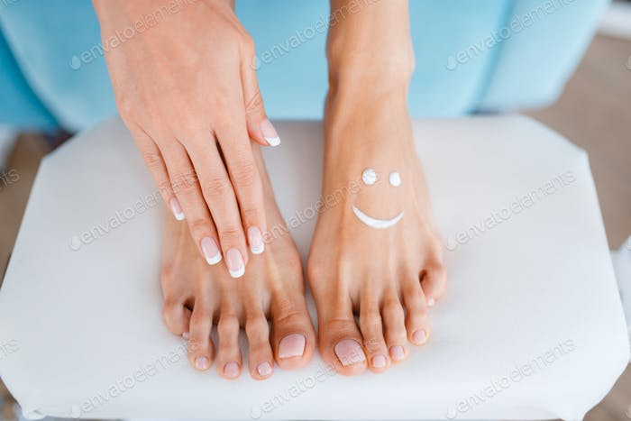 Female client, perfectly made nails in beauty shop