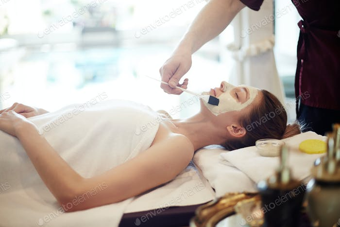 Skincare in Luxury SPA