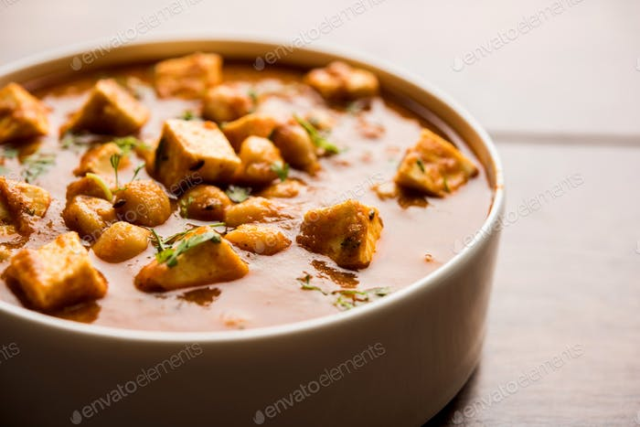 Chole Paneer Curry