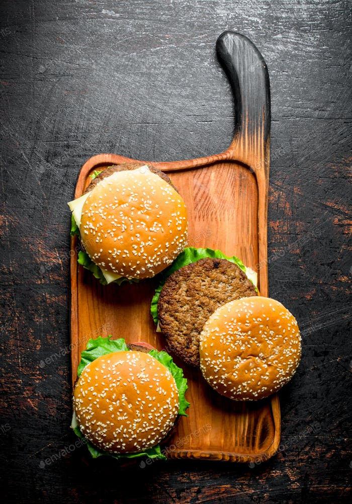 Burgers with juicy beef.