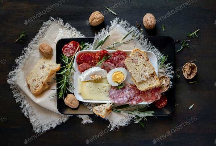typical Neapolitan dish of the Easter period
