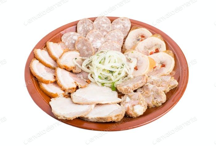 Köstliche ukrainische Aufschnitt Platte.