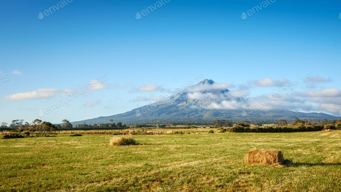 Mt Taranaki north island of New Zealand