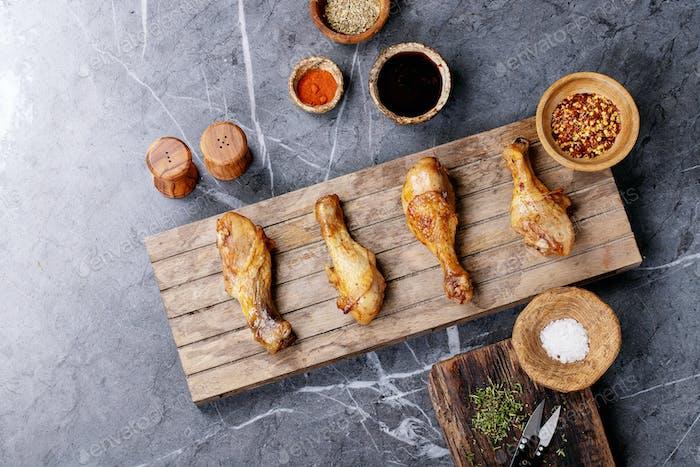 Baquetas de pollo con chile a la parrilla