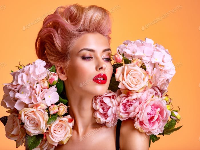 Blondes Mädchen Kurzes weißes 50 trendigste