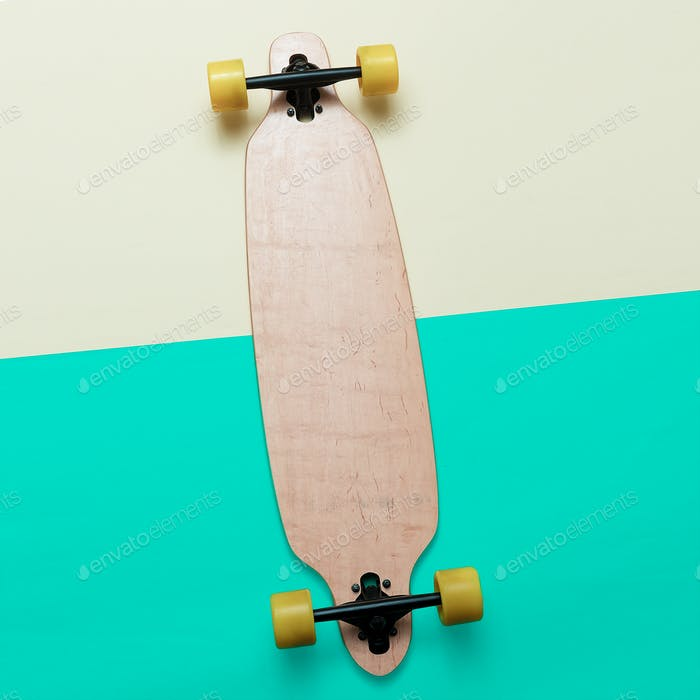 Skateboard Urbaner Mode. minimales Design