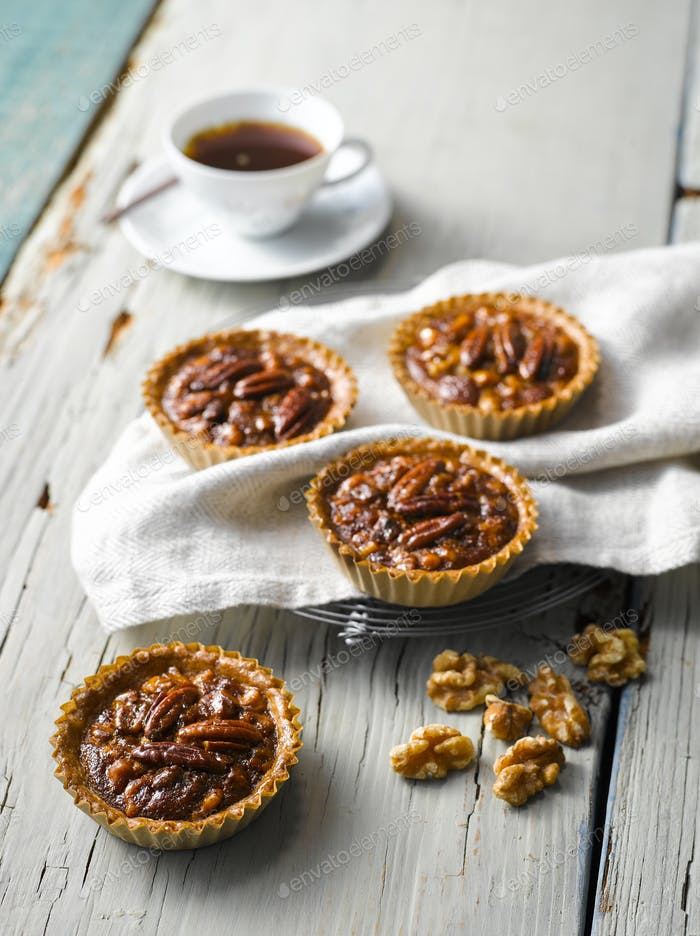 Walnuss-Pecan Pie