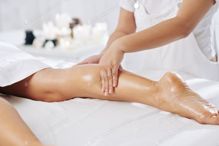 Professional calves massage