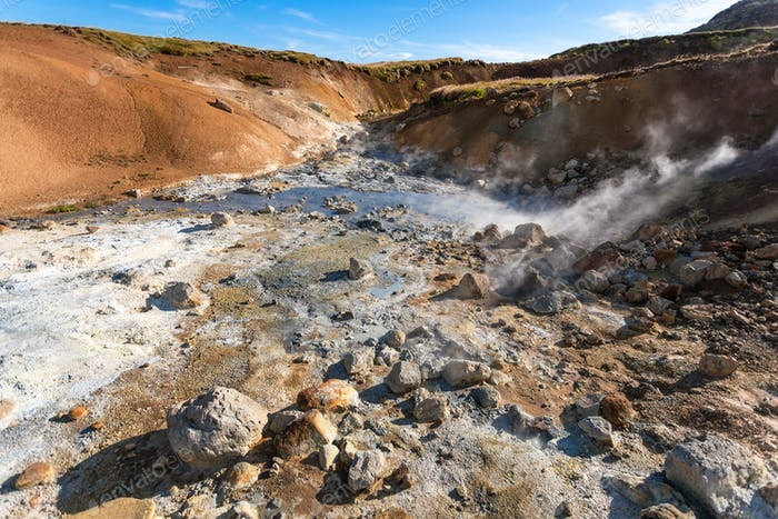 saure heiße Quellen in Krysuvik Gebiet, Island