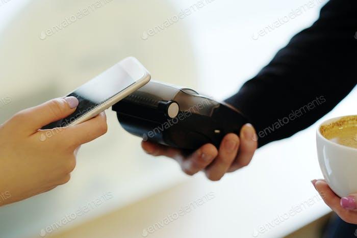 Portable card machine