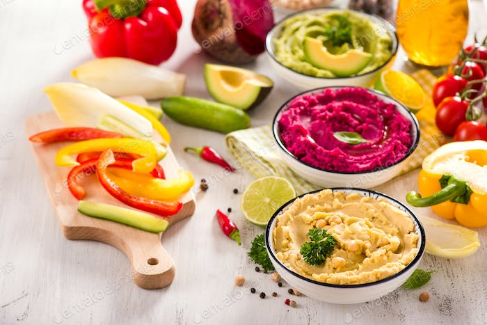 Hummus Dips with Vegetables
