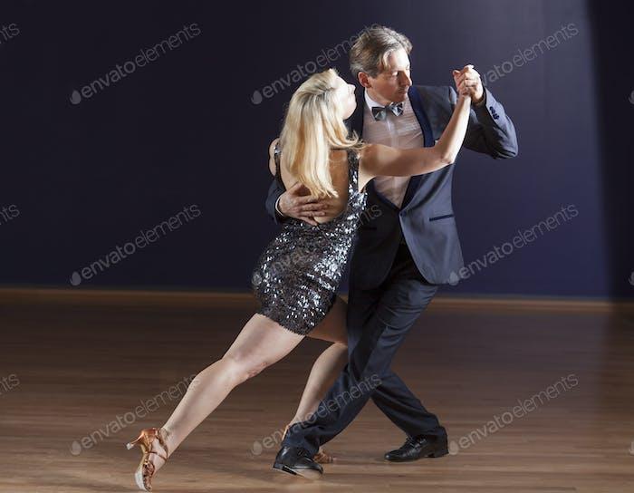 Tango dancing