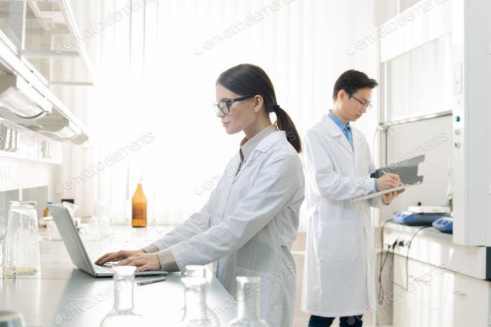 Laboratory Scientists Typical Workday