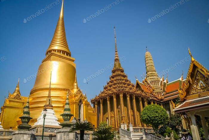 Golden Temple Wat Pha Khaw in Bangkok
