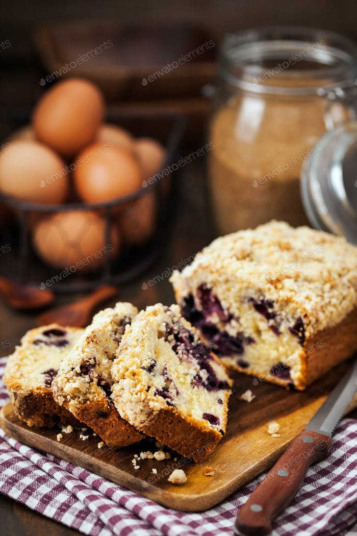 Lemon and blueberry crumble loaf cake
