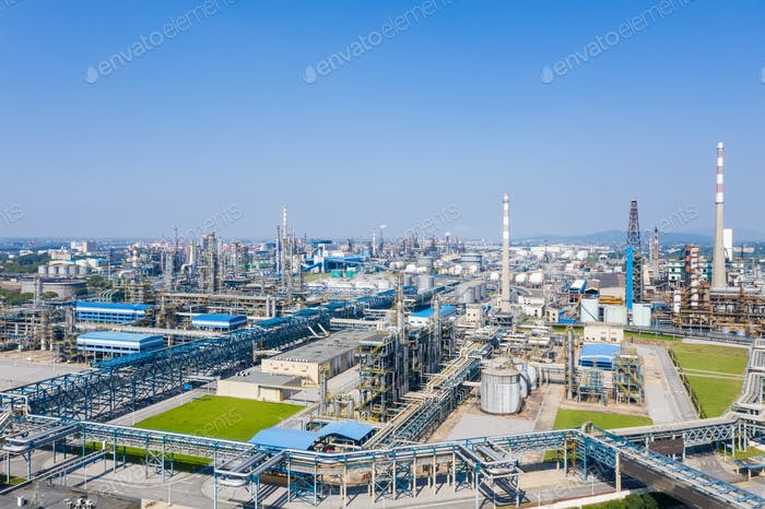 modern petrochemical oil refinery