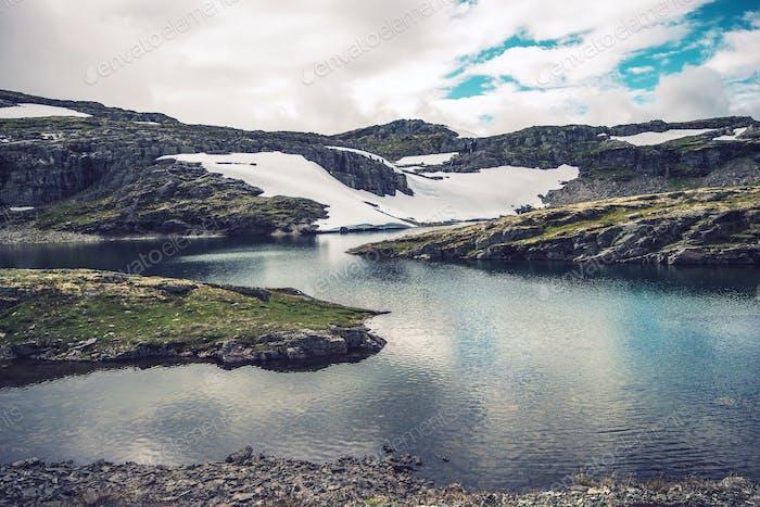 Paysage des lacs de montagne