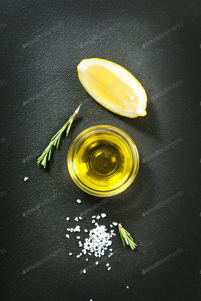 Aroma Gewürz auf einem Tisch