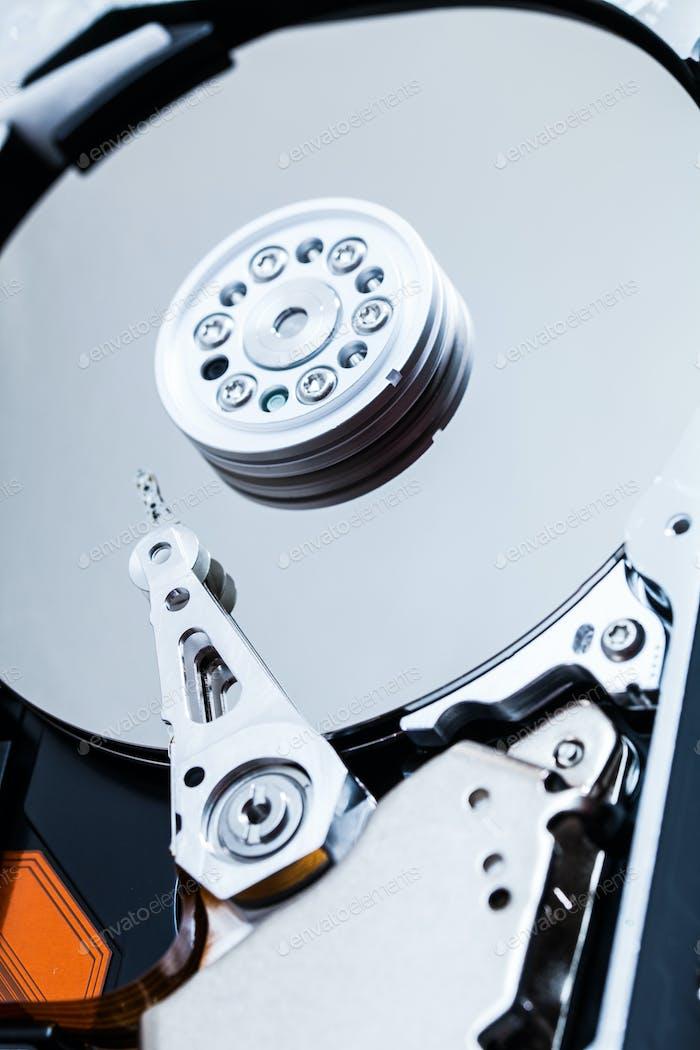 Details zum Festplattenmechanismus