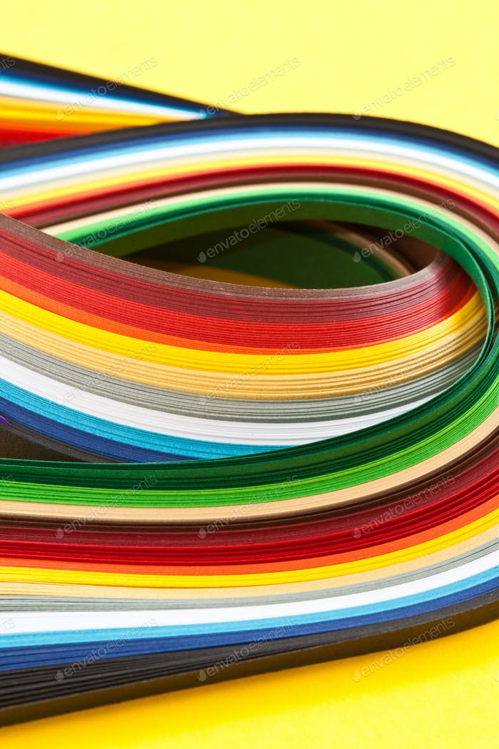 Paper strips for quilling