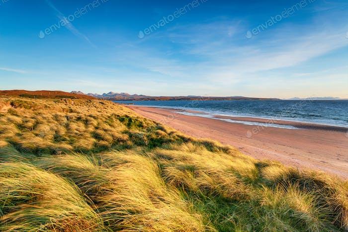 Windgefeilte Sanddünen am Big Sand Beach in Gairloch