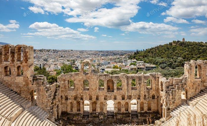 Odeon des Herodes Atticus auf dem Hügel der Akropolis in Athen, Griechenland