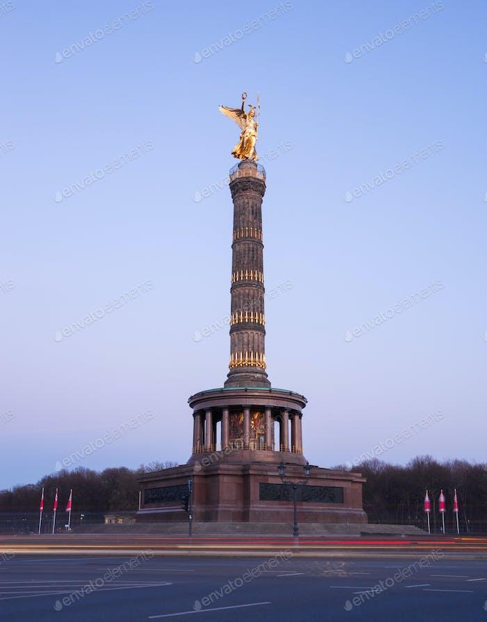 Berlin Siegesauele (Siegessäule)