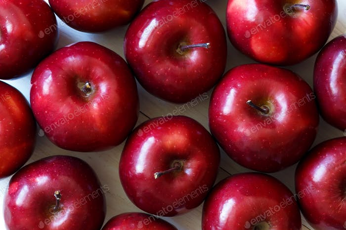 Red apples background