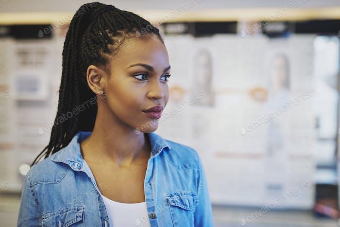Портрет чернокожего деловой женщины