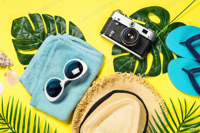 Sommer Reisekonzept flaches Laienbild