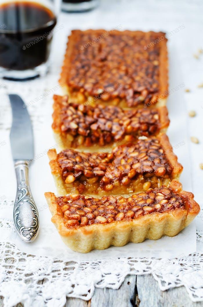 Honig Pinienkerne Torte