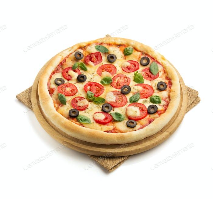 Margarita Pizza isoliert auf weiß