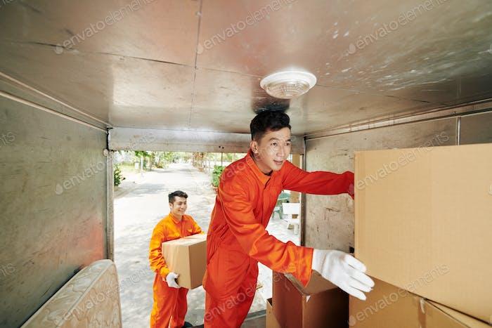 Moving Men Hebeboxen
