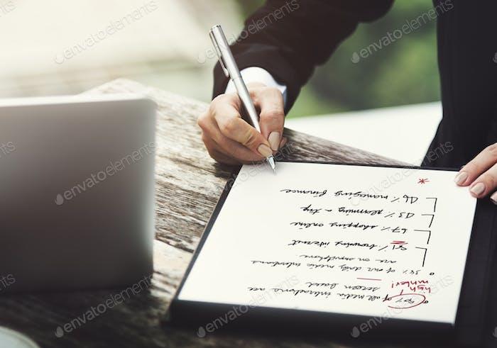 Concepto de éxito de planificación de estrategia de análisis de Negocios