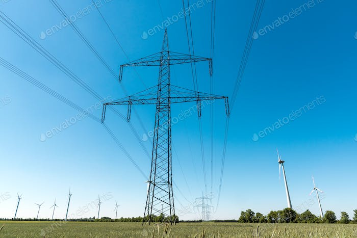 Electric pylon and power transmission line