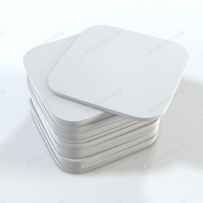 Stapel weißer quadratischer Untersetzer. Mock Up Vorlage für Ihr Design.