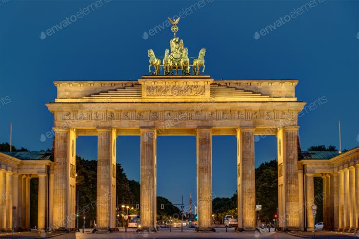 Night view of the Brandenburger Tor