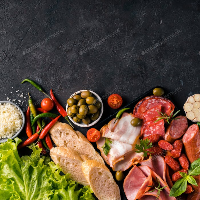 Cold smoked meat plaatter antipasti
