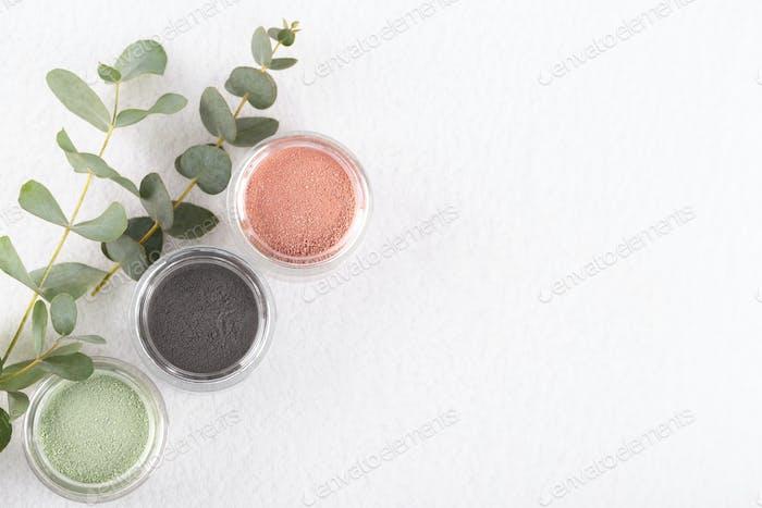 Cosmetic clay powder